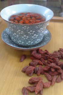 Bright eyes and alert mind - the sweet and nutritious Goji Berry 'tea'