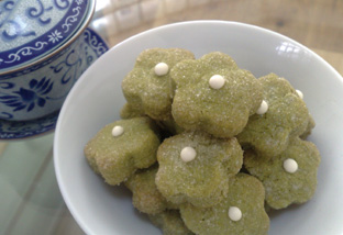 matcha butter biscuits