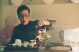 Tea Appreciation Taster Workshops at The British Museum - warming the gai wan tea pot